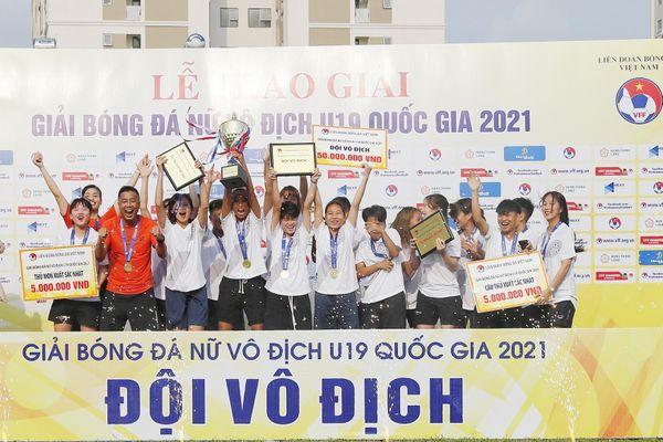 Than Khoáng sản Việt Nam vô địch giải bóng đá Nữ vô địch U.19 Quốc gia 2021