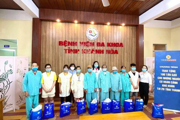 Vietbank - Chi nhánh Khánh Hòa tặng 400 kg gạo cho bệnh nhân nghèo