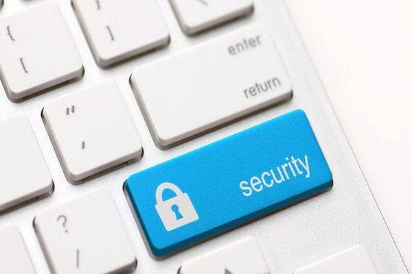 Làm thế nào để duyệt web an toàn trên mọi thiết bị?