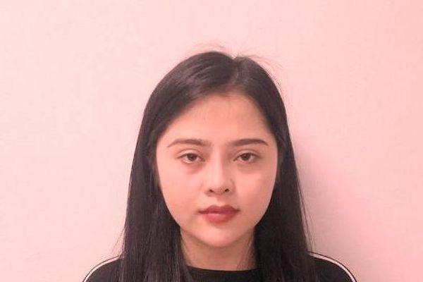 Hà Nội: Giao ma túy cho khách, 'hot girl' bị bắt quả tang