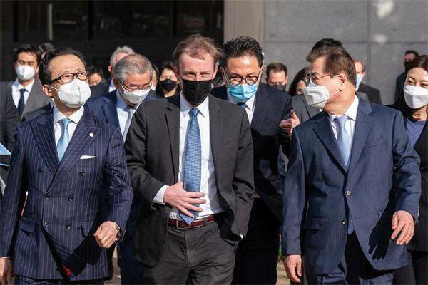 Mỹ-Nhật-Hàn khởi động định hướng sách lược mới