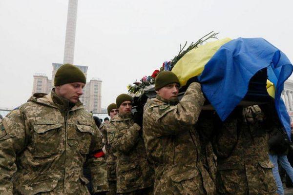 Ukraine đã mất bao nhiêu tiền của vì cuộc chiến ở Donbass?