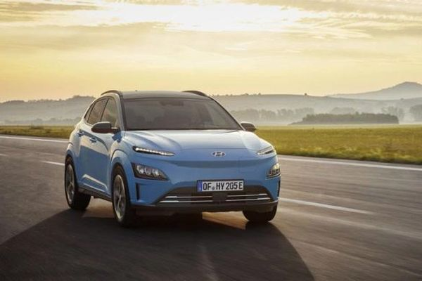 Hyundai Kona 2021 phiên bản chạy điện có gì?