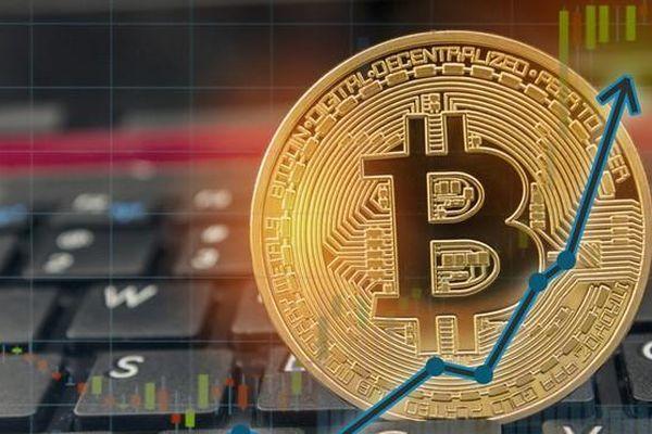Giá Bitcoin hôm nay 9/4: Bitcoin nổi sóng, tiền ảo ào ào đua tăng