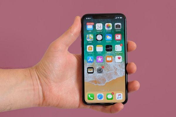 Loạt iPhone cũ về giá dưới 10 triệu đồng tại Việt Nam