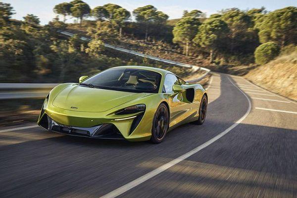 McLaren Artura hơn 5 tỷ đồng, chỉ 3 giây đạt 100km/h