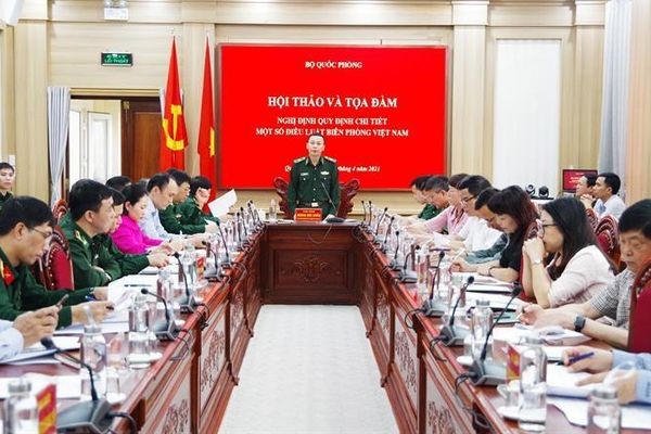 Xây dựng các nghị định triển khai Luật Biên phòng Việt Nam để đáp ứng yêu cầu quản lý, bảo vệ biên giới quốc gia trong giai đoạn mới