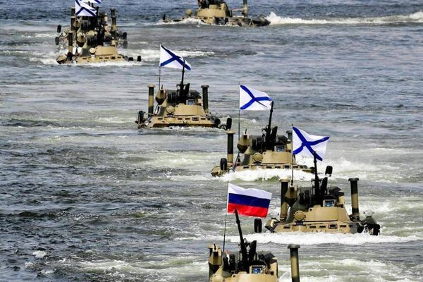 Xe bọc thép chở quân hiện đại nhất của Nga đã xuất hiện tại Crimea
