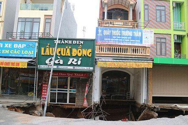 'Hố tử thần' ở Hà Nội vẫn tiếp tục lan rộng