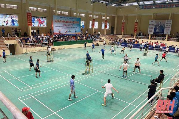 Gần 300 VĐV tranh tài tại Giải cầu lông, bóng bàn, quần vợt – Đại hội TDTT huyện Hà Trung lần thứ IX