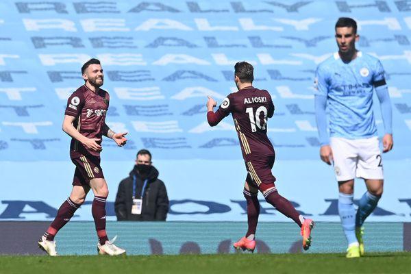 Kết quả Ngoại Hạng Anh: Man City thua sốc Leeds United