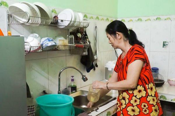 Dân Đà Nẵng khổ sở vì thiếu nước nhiều ngày