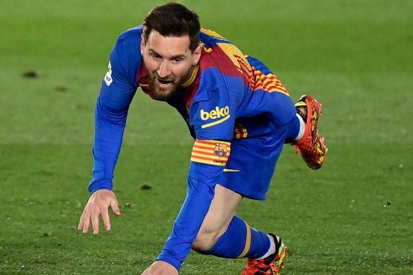 Real vô hiệu hóa Messi như thế nào?