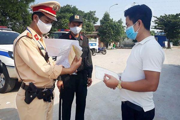 Xử nghiêm hành vi chống người thi hành công vụ khi tham gia giao thông