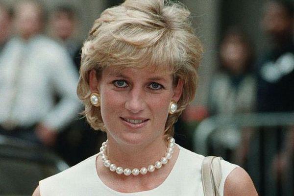 Công nương Diana dự cảm được cái chết của bản thân?