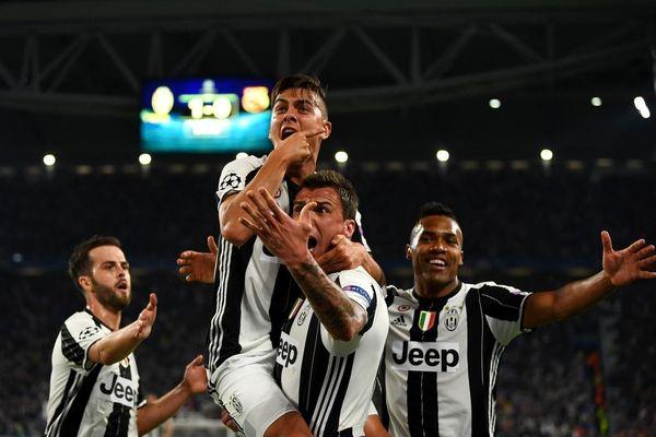 Ngày này năm xưa: Juventus 'vùi dập' Barca ở Champions League