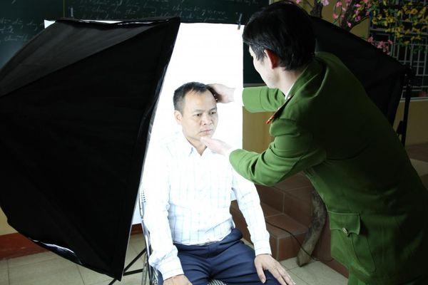 Hỗ trợ làm thẻ căn cước công dân ở vùng đồng bào dân tộc thiểu số Yên Bái