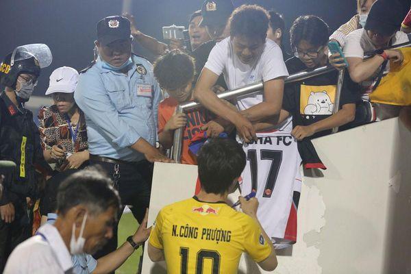 Báo chí Thái Lan rầm rộ 'preview' V-League