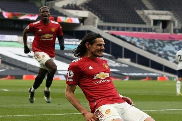 Solskjaer thuyết phục Cavani hãy ở lại Man Utd, Nếu Mbappe rời PSG, Ronadol sẽ đến