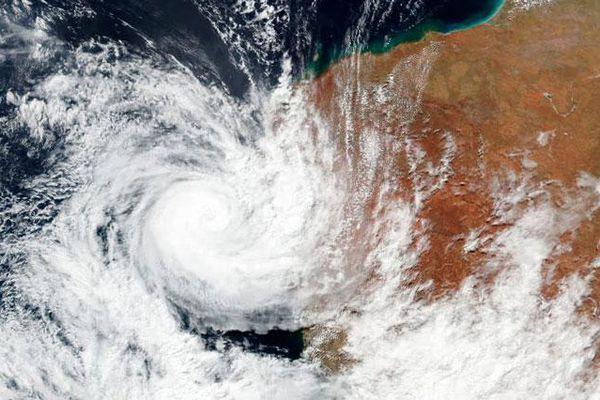 Siêu bão Seroja đổ bộ bờ biển phía Tây Australia gây mất điện trên diện rộng