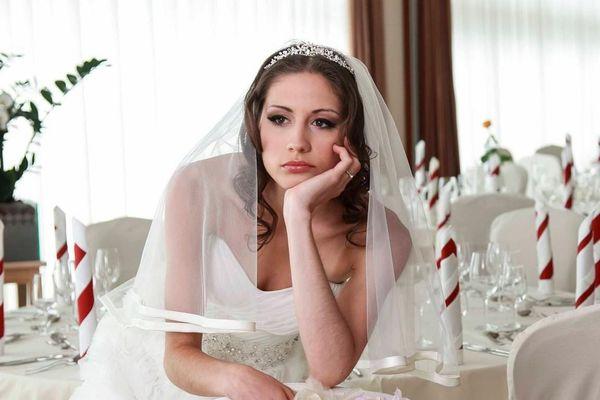 Cái giá phải trả khi trì hoãn đám cưới trong dịch Covid-19