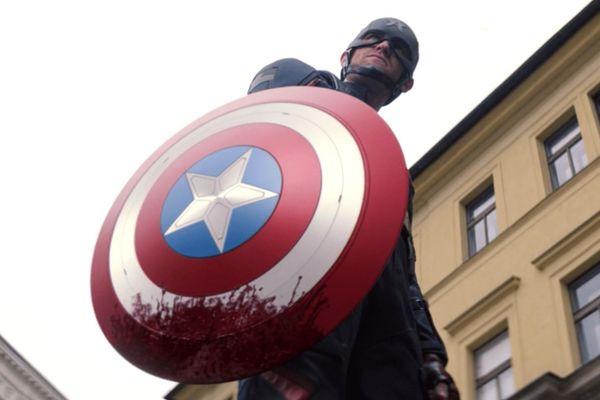 Captain America hay Captain of Nothing: Góc khuất ám ảnh của nước Mỹ