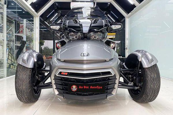 Chi tiết 'xế nổ' Can-Am Spyder F3-S không dưới 1 tỷ đồng ở Hà Nội