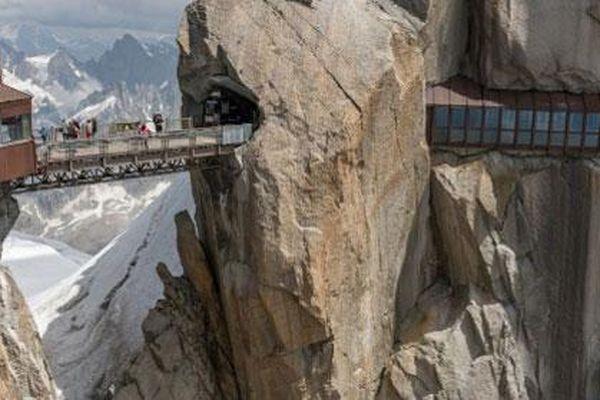 Những cây cầu gây thót tim nhất thế giới