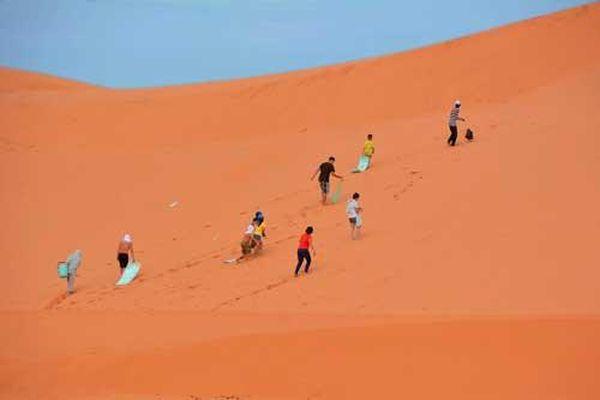 'Bay' trên những đồi cát tuyệt đẹp ở Bình Thuận