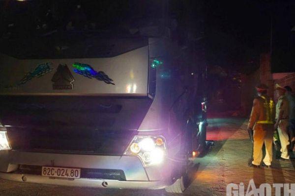 Xe tải trọng 'khủng' phá đường: CSGT Đắk Lắk bắt đầu xử lý nghiêm