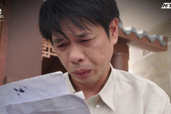 'Cây Táo Nở Hoa': Ngọc (Thái Hòa) khóc hết nước mắt vì sự thật về cái chết của bố