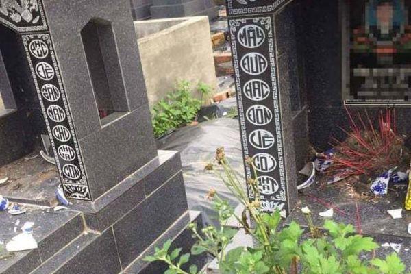 Hàng loạt bát nhang ở nghĩa trang bị đập phá trong đêm