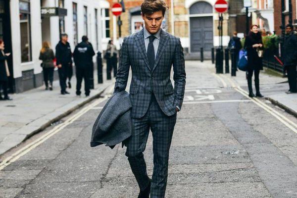 5 mẹo mặc đồ giúp nam giới trông cao hơn