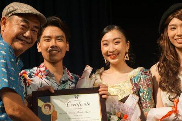 NSND Việt Anh nghẹn ngào khi học trò diễn 'Những người khốn khổ'