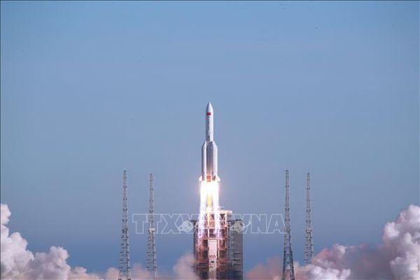 Trung Quốc đẩy mạnh hàng không vũ trụ
