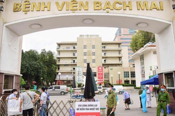 Hơn 200 cán bộ, bác sĩ BV Bạch Mai nghỉ việc: Chỉ có 43 người là bác sĩ, điều dưỡng