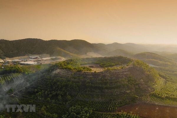 Công viên địa chất toàn cầu Đắk Nông được giới thiệu để phát hành tem