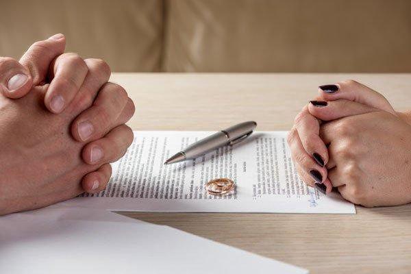 Vợ sợ gián rồi bắt làm việc này, chịu hết nổi chồng đành đệ đơn ly hôn