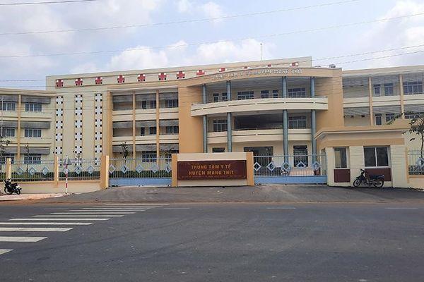 Sớm khắc phục sụt lún nghiêm trọng tại Bệnh viện đa khoa huyện Mang Thít