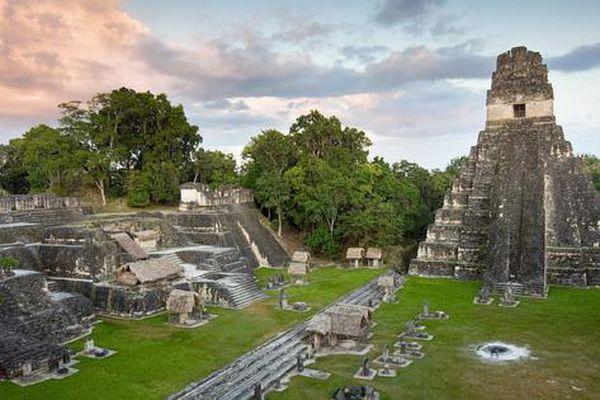 Thứ lạ lùng nhất thành cổ Maya: như 'xuyên không' từ thời hiện đại