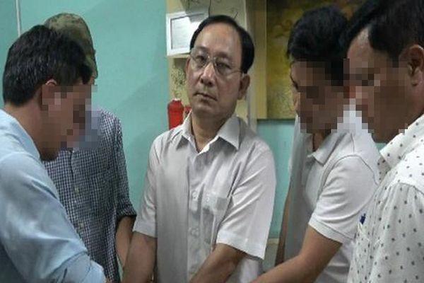 Khởi tố giám đốc Bệnh viện Cai Lậy