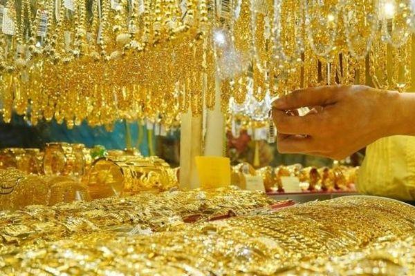 Giá vàng hôm nay 15/4: Đồng USD suy yếu, vàng cũng giảm manh