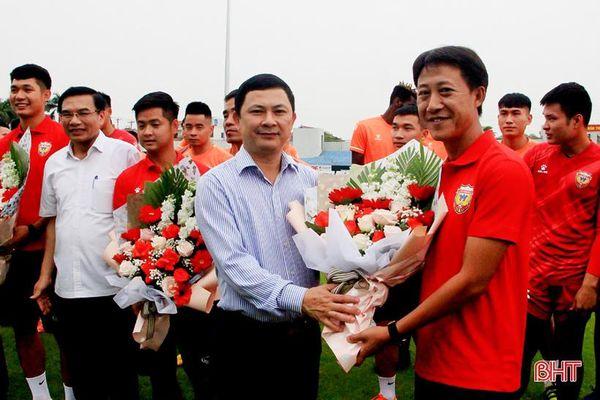 Tân HLV Nguyễn Thành Công chính thức tiếp quản Hồng Lĩnh Hà Tĩnh