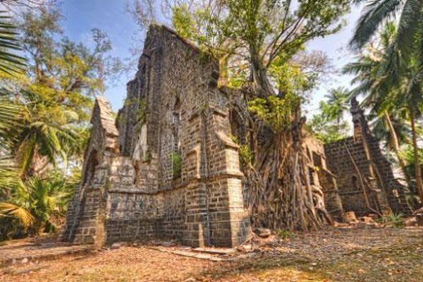 14 địa điểm bỏ hoang luôn hấp dẫn các du khách trên thế giới