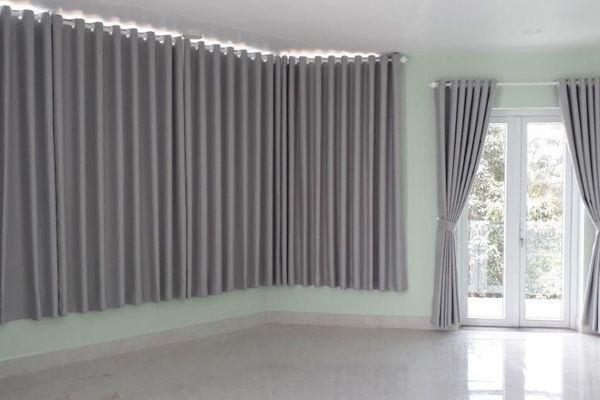 Rèm cửa nên sử dụng chất liệu gì?