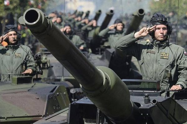 Báo Nga: Thêm tướng Ba Lan cuồng loạn tố Nga gây hấn, đe dọa châu Âu
