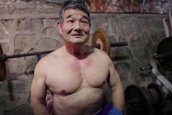 Phòng gym cho cụ ông trên 60 tuổi ở Trung Quốc