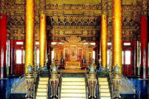 Bí ẩn Tử Cấm Thành: 3 cái chết bởi ghế rồng trong điện Thái Hòa