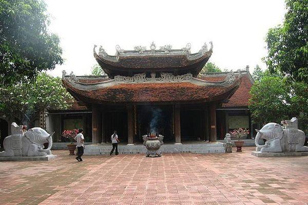Dấu ấn lịch sử của ba bà hoàng Việt Nam