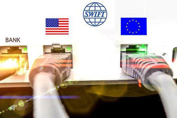 Mỹ chuẩn bị giáng đòn khiến hệ thống tài chính của Nga 'lao đao'?